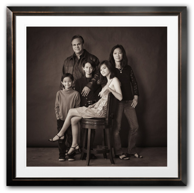 Family_Potrait_Studio in frame