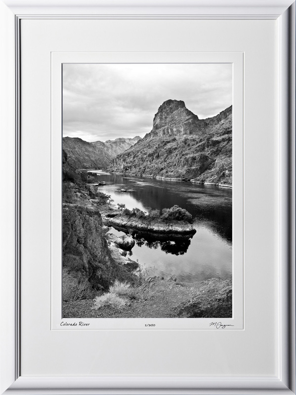 S081003C Colorado River - Lake Mead National Recreation Area - shown as 12x18BW