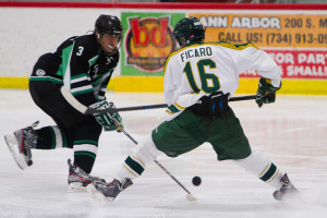 Ann Arbor Huron Hockey VS Gabriel RIchard sport photography